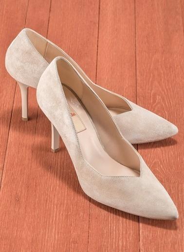 Elle İnce Topuklu Ayakkabı Vizon
